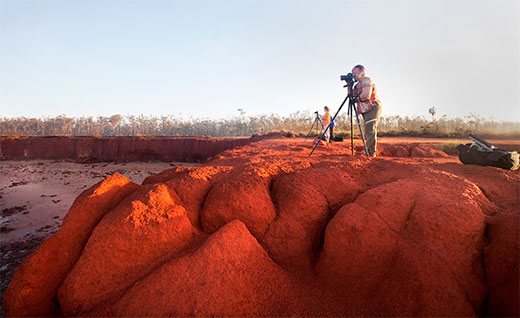 Photographing red clay cliffs in East Arnhem Land