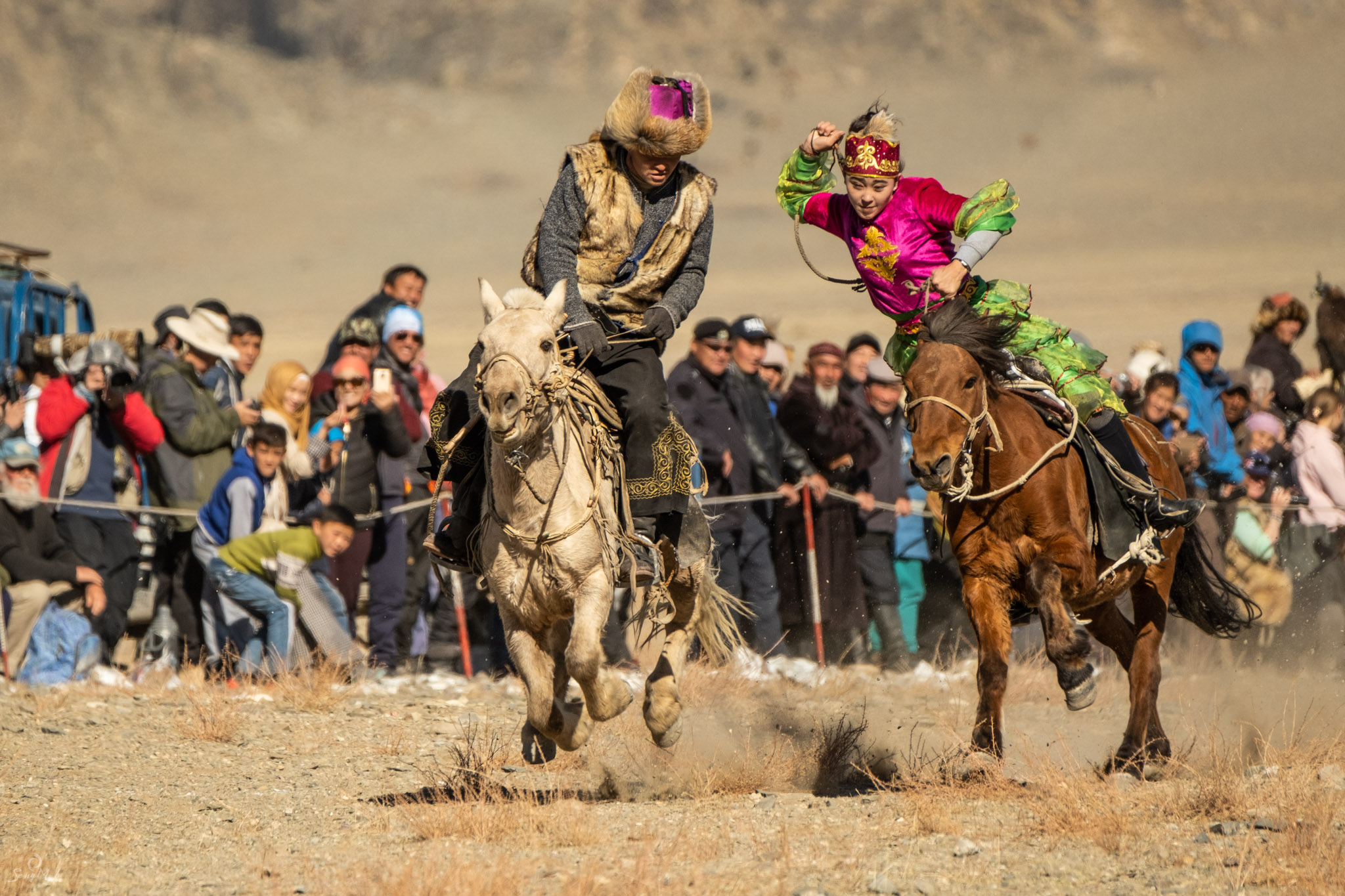 The game of Kiz Kuar is played at the Golden Eagle Festival