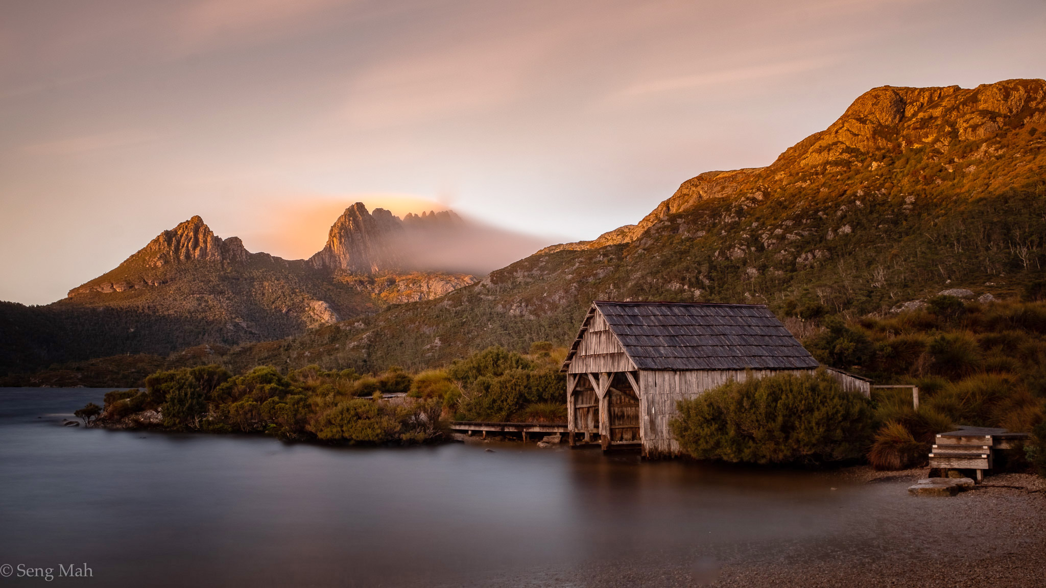 Dove Lake Boat Shed with Cradle Mountain behind