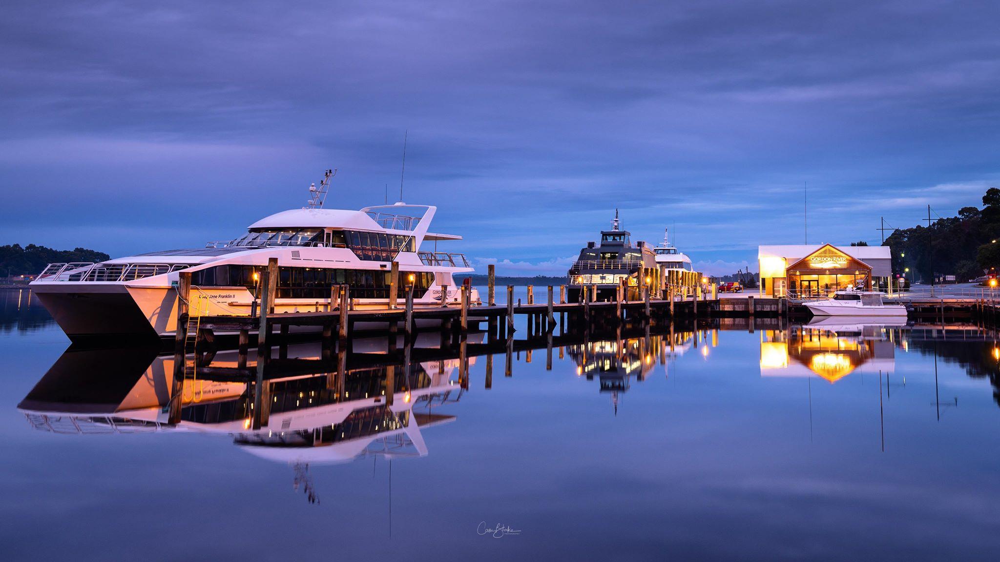 Strahan docks