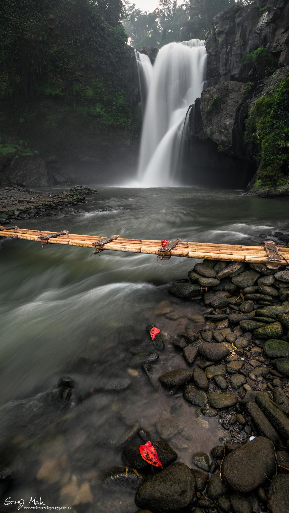 Tengunungan Falls, Bali