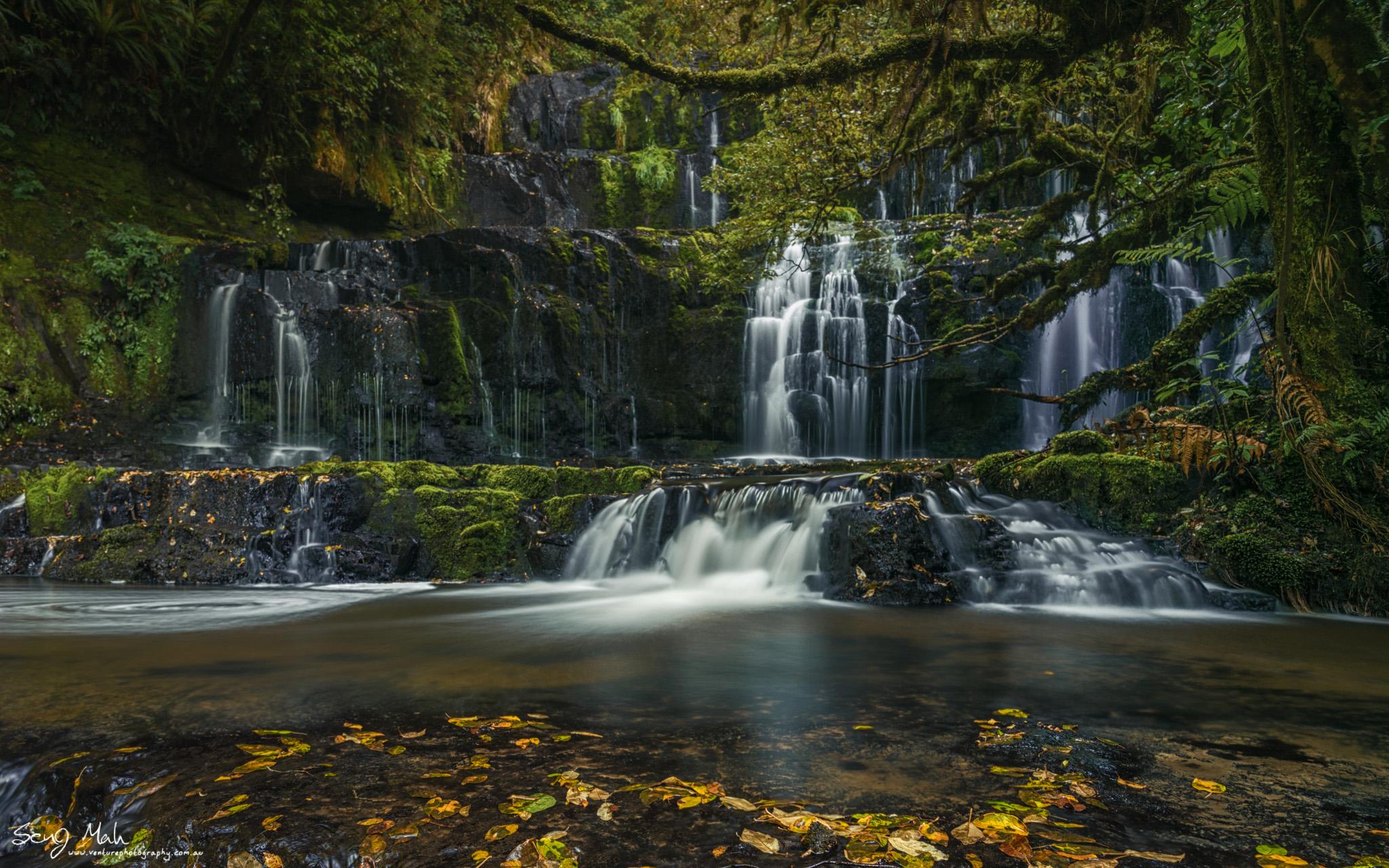 Purakaunuin Falls, New Zealand