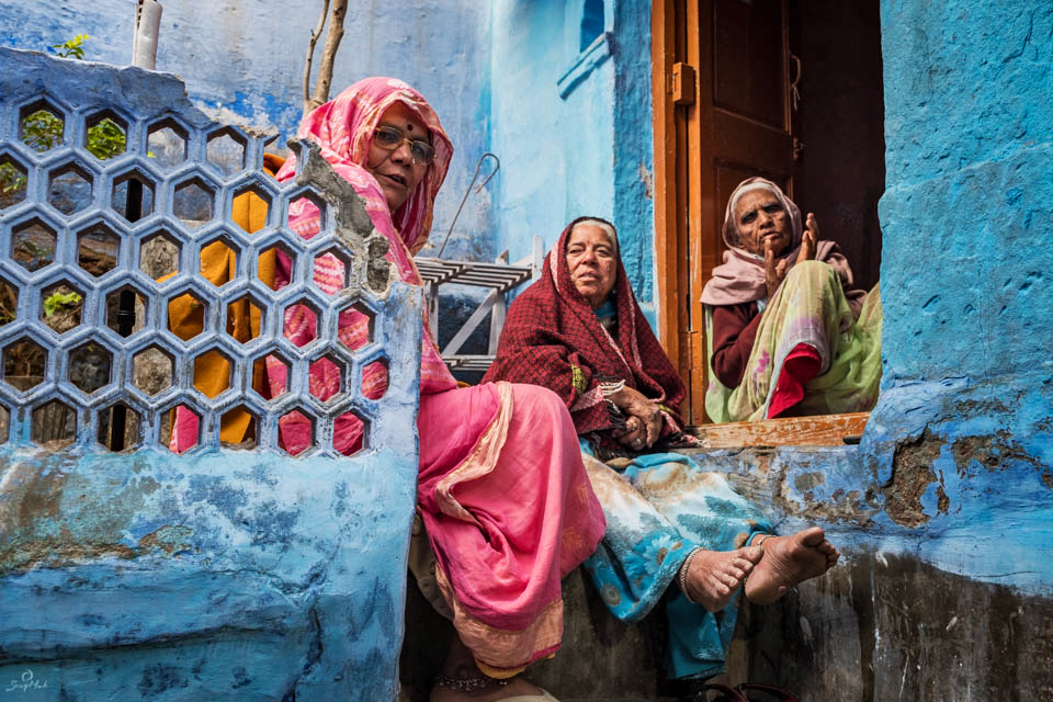 Elderly women in the Blue City