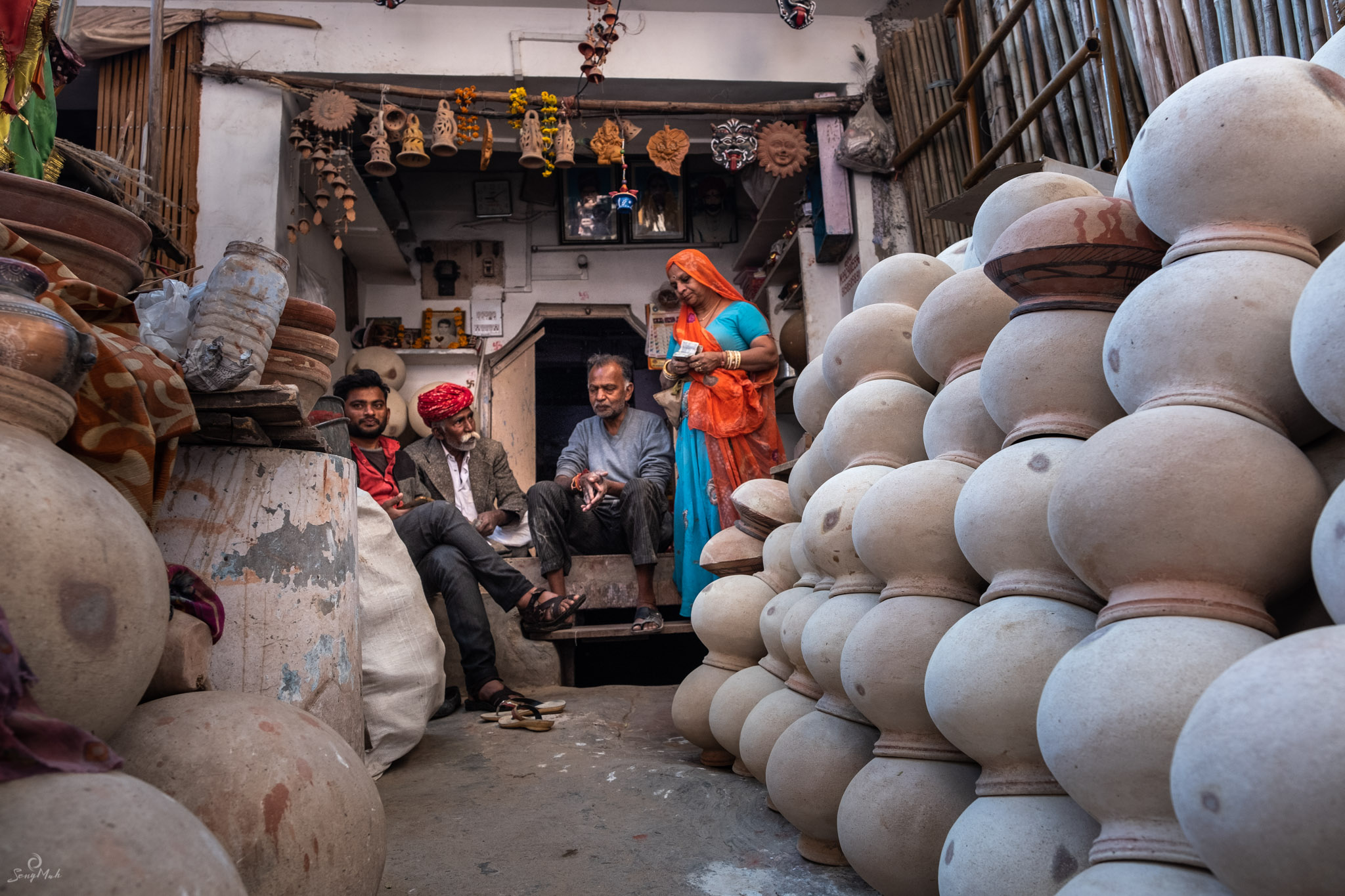Pottery stall at Sardar Markets