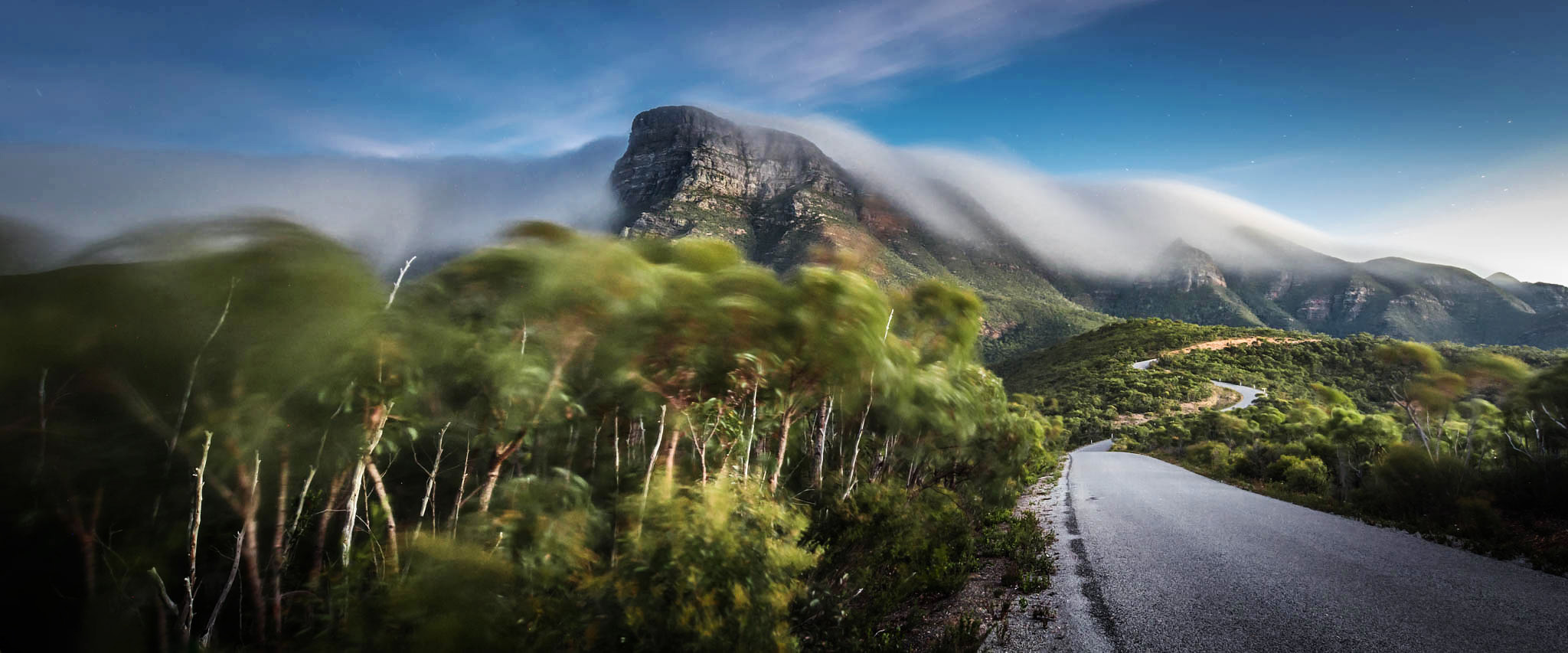 Road to Bluff Knoll