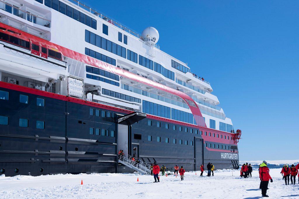 Antarctic cruise ship landing